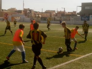 Perelló's infantils set up another attack